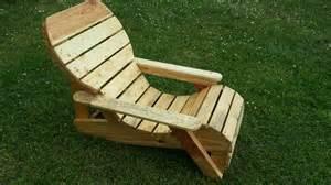 chaise longue fabriqu 233 avec de la palette de r 233 cup 233 ration