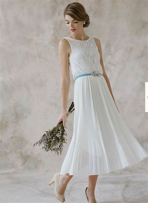 wedding gowns for woman in their forites 26 elegant dresses for women over 40 playzoa com