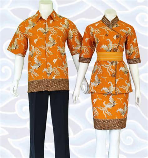 Setelan Kemeja Dan Dress Songsong kemeja cowok dengn baju setelan batik wanita blus dan rok sb152 pictures