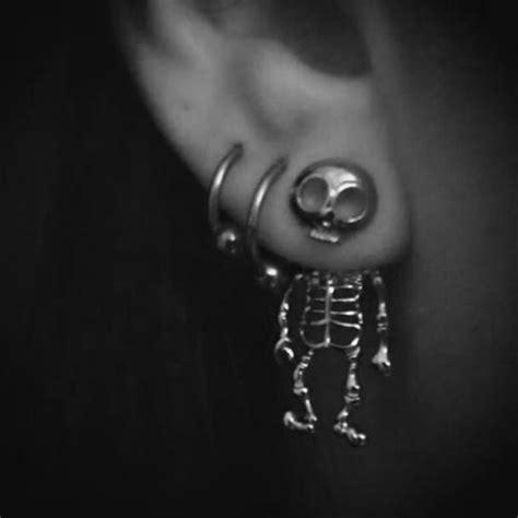 Get The Look Fergies Cool Earrings by Jewels Skull Earrings Silver Cool Skeleton Earrings