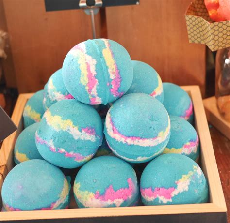 lush bathrooms lush brings oxford street collection to canada