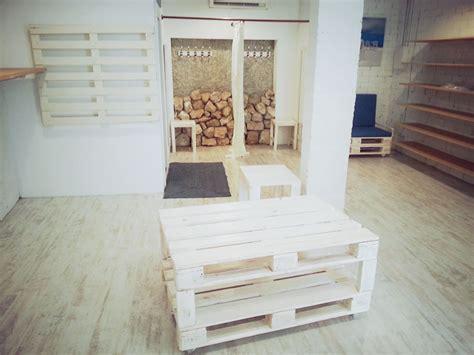 decoracion con palets de madera decoraci 243 n de muebles hechos con palets para tienda en
