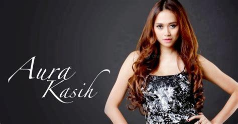 Majalah Globe Asia Second Indonesia No 1 Business Magazine profil dan foto foto aura kasih di majalah pria dewasa terbaru ilmuane new update