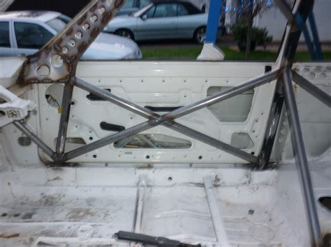 205 roll cage