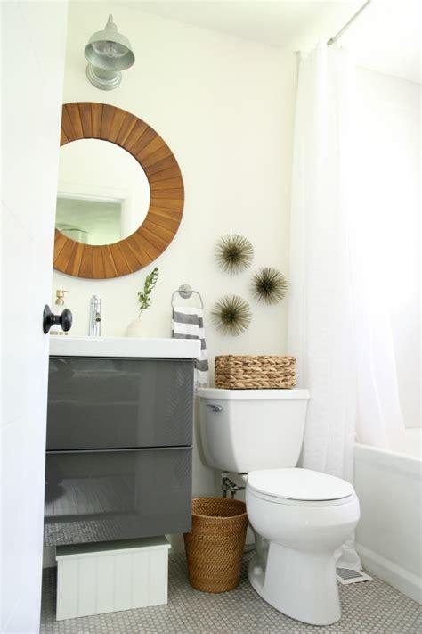 Gaurdie E Banister Jr Dove Bathrooms House Tweaking
