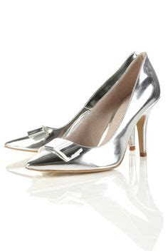 Manolo Blahnik Glossy Heels Rc1518 66 1000 images about shoes on manolo blahnik dune and satin