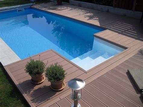 schwimmbad schwimmbecken oder pool erholung pur im