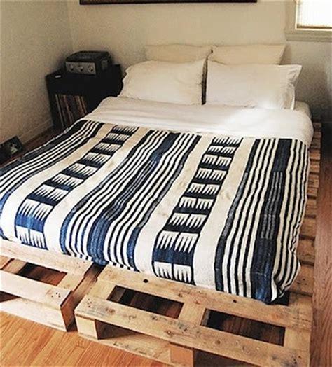 queen size pallet bed plans the best 28 pallet bed frame designs ever built hgnv com