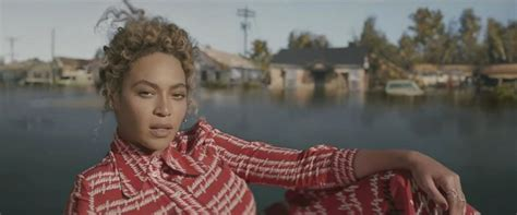 beyonce s video 5 looks to copy from beyonce s formation video the
