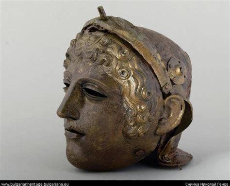 design art stara zagora thrace roman period face mask helmet silver and iron i