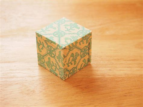 How To Make A 3d Cube On Paper - 3 ways to make a 3d cube wikihow