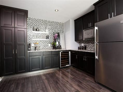 property brothers kitchen cabinets rockin renos from hgtv s property brothers property