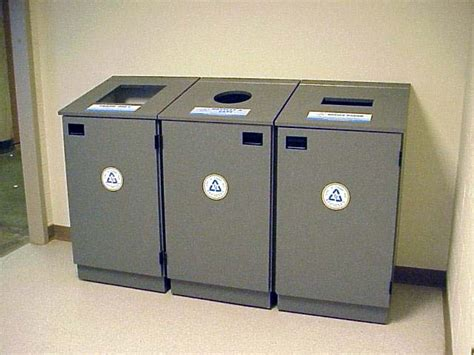 Cabinet Hecke by Indoor Recycling Facilities Services