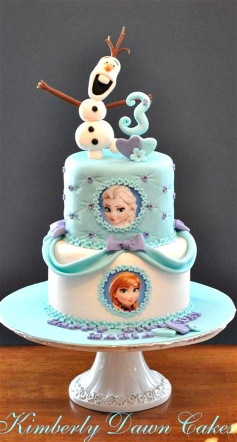 Extica Fabulous Two Way Cake 8 of the coolest frozen birthday cakes