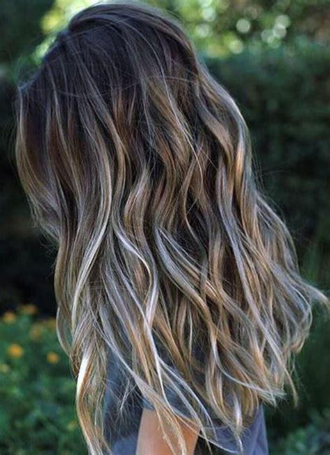 pramenovi na tamnu kosu plavi pramenovi slike i ideje za nijansiranje kose