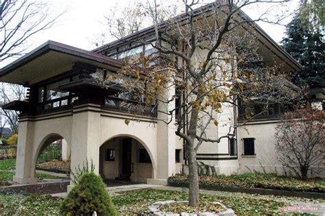 abbott house gordon abbott house 105 n grant hinsdale illinois 1912 the abbott residence is a