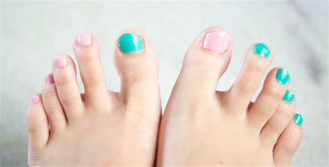 mature toenail polish colors 2015 best toenail polish color for 2015 the closet elf