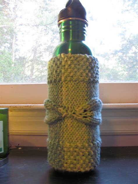 knit bottle cozy leaf bottle cozy veryconfoosed knits