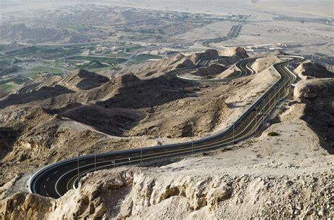 jebel hafeet mountain road uae travel tips