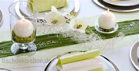 Tischdeko Hochzeit Silber Weiß by 53 Besten Tischdeko Kommunion Konfirmation Bilder Auf