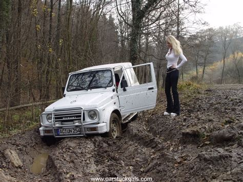 white jeep stuck in mud pic of white zuk stuck in the mud
