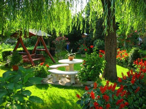 imagenes de jardines bonitos flores bonitas que no deben faltar en el jard 237 n