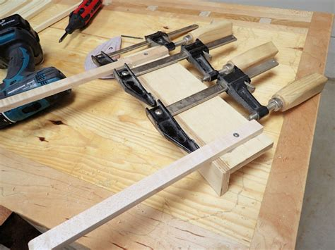 how to build a sled for table saw how to a mini table saw sled ibuildit ca