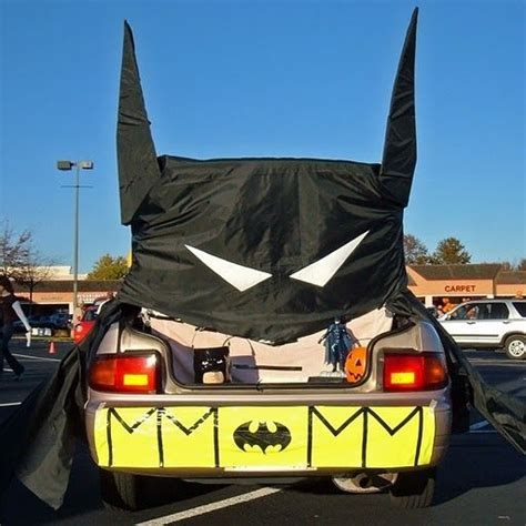 How To Decorate Your Car by Trunk Or Treat On Car Decorating Trunks And