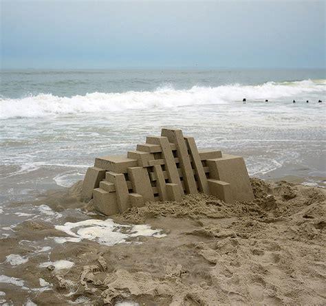 calvin seibert calvin seibert s elaborate sand castles booooooom create inspire community