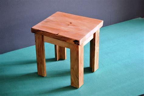 sgabelli in legno sgabello in legno massello di cedro