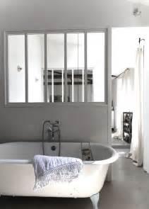 verri 232 re une cloison vitr 233 e dans la salle de bain