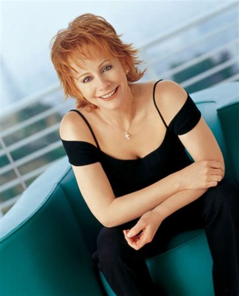 pics of reba mcintyre in pixie hair style 10 images about reba on pinterest martin o malley my