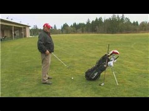 keep right shoulder back golf swing golf swing tips how to turn the right shoulder correctly