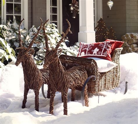 reindeer and sleigh outdoor decor noel pinterest