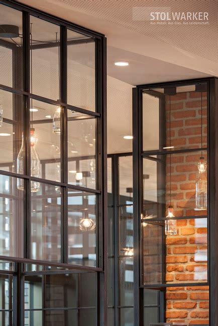 schiebetüren aus glas für innen stahl glas trennw 228 nde raumteiler