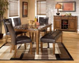 Deluxe simple rustic dining room decor