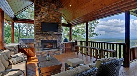 Blue Ridge Luxury Cabin Rentals blue ridge dining room mountains luxury