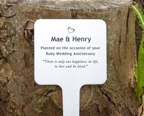 personalised engraved memorial plaque  keepstakes