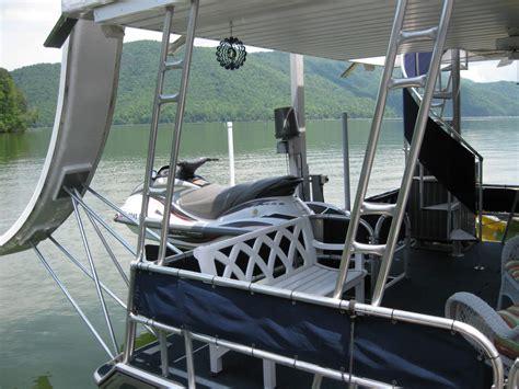 sumerset houseboat  twin