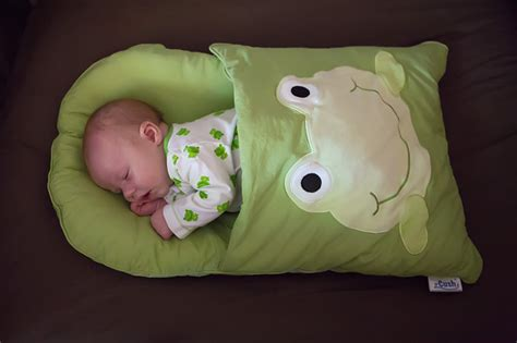 Infant Nap Mat by Zcush Baby Nap Mat Giveaway The Photographer S