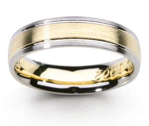 wedding rings pictures platinum and gold wedding rings