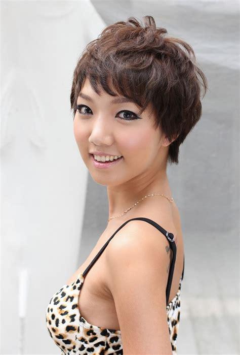 feminine hairstyles for shorthaired men feminine layered short haircut for women hairstyles weekly