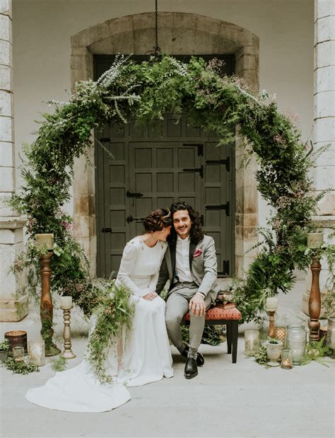 Wedding Backdrop Greenery by 70s Inspired Elopement Filled With Greenery