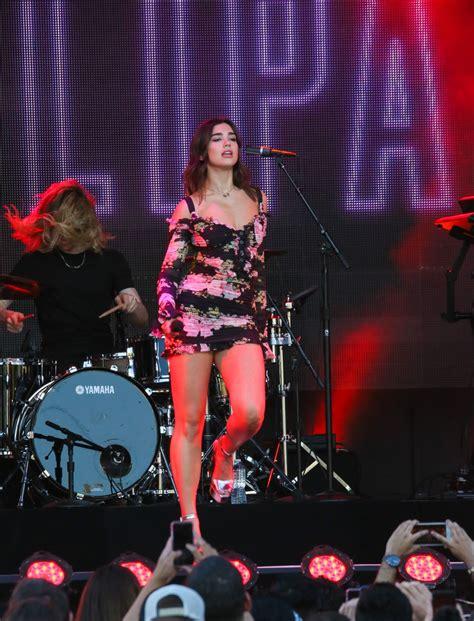 dua lipa jimmy kimmel dua lipa at jimmy kimmel live in los angeles 4 19 2017
