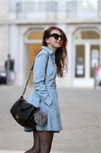 la robe en jean the denim dress the brunette
