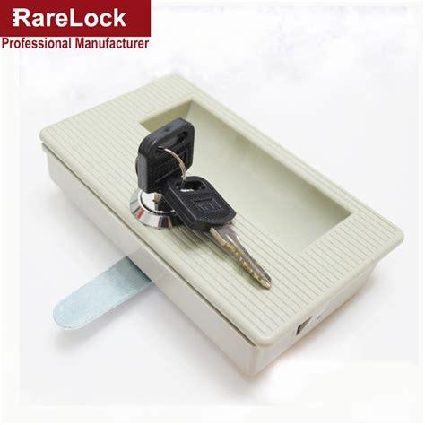 armadio ufficio con chiave armadio ufficio con chiavi armadi per sostanze pericolose