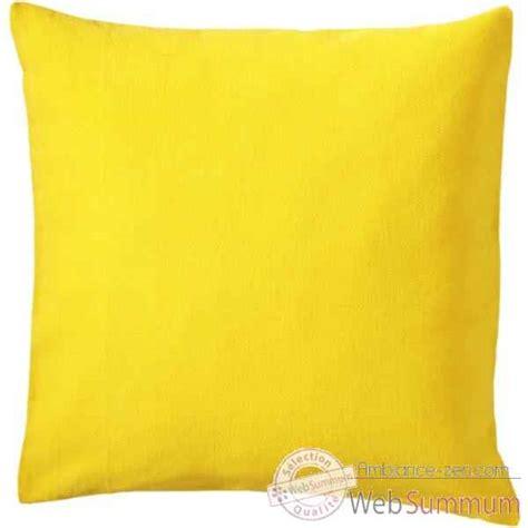 housse de coussin jaune vid 233 o housse de coussin uni cush la siesta mod 232 le jaune un 5 sur ambiance zen
