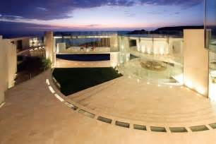 La Jolla Luxury Homes La Jolla Most Front Residence Goes To Auction Quot The Razor Quot