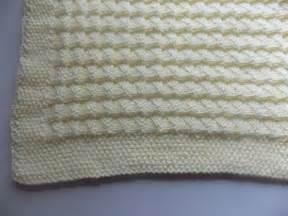 modele couverture bebe au tricot