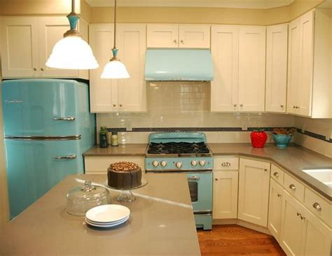 Retro Style Kitchen Cabinets | 50s retro kitchens